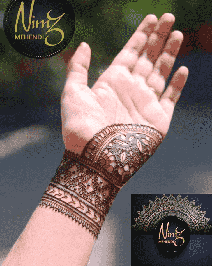 Dazzling Front Hand Henna Design