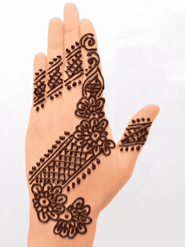 Fine Front Hand Henna Design