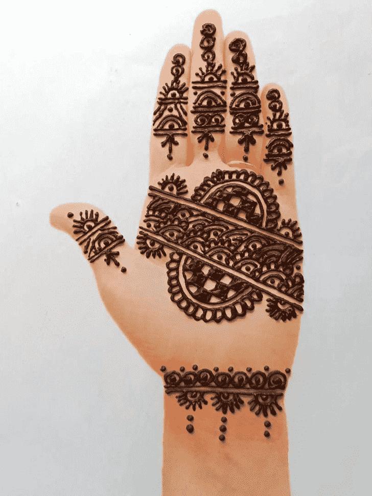 Good Looking Front Hand Henna Design
