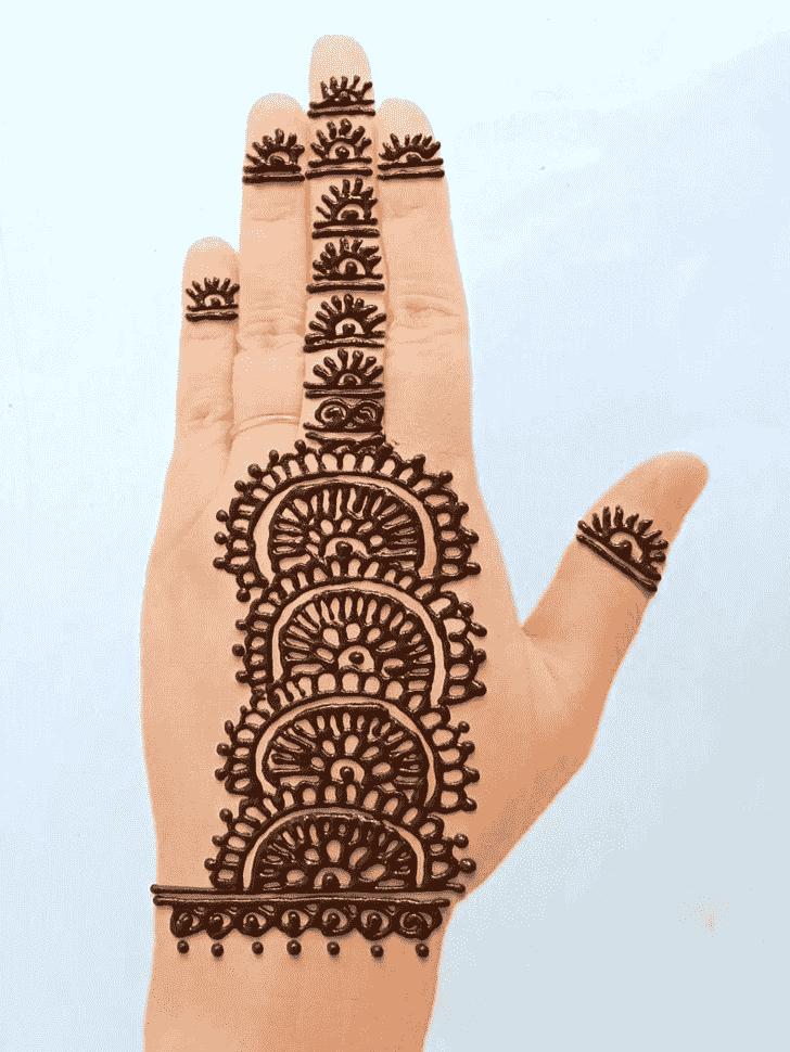 Lovely Front Hand Mehndi Design