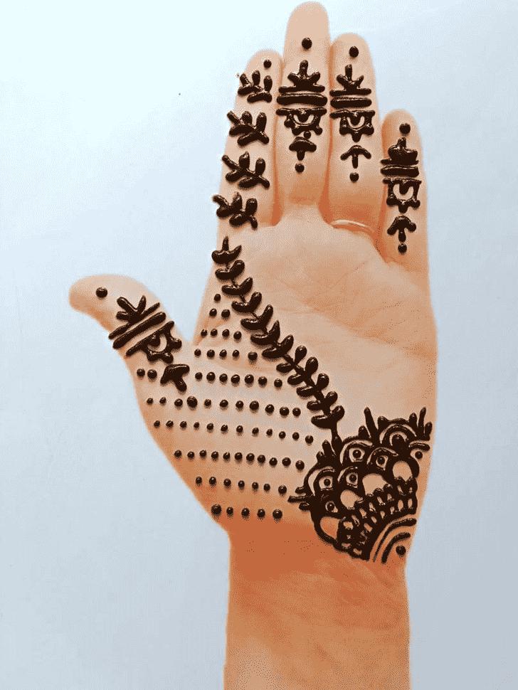 Pleasing Front Hand Henna Design