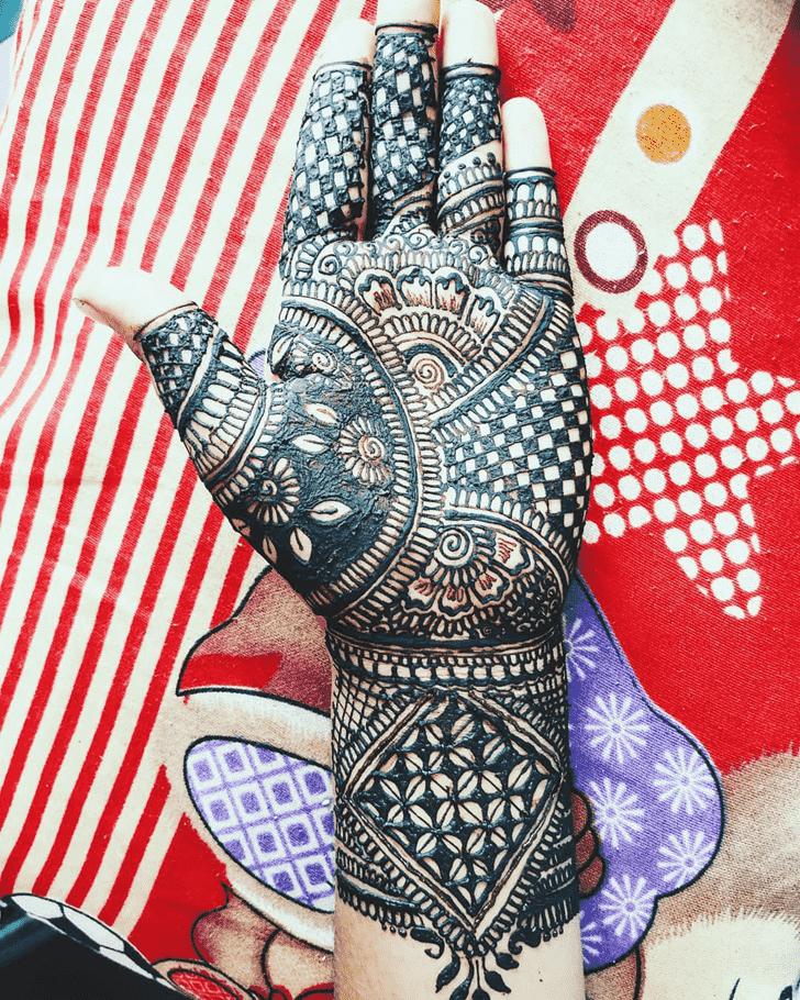 Beauteous Full Hand Henna Design