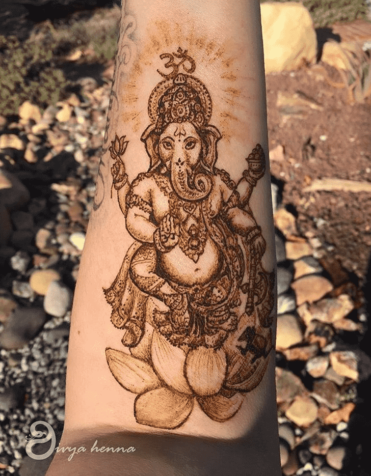 Admirable Ganesh Mehndi Design