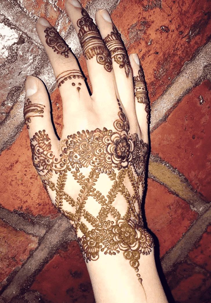 Bewitching Gazipur Henna Design