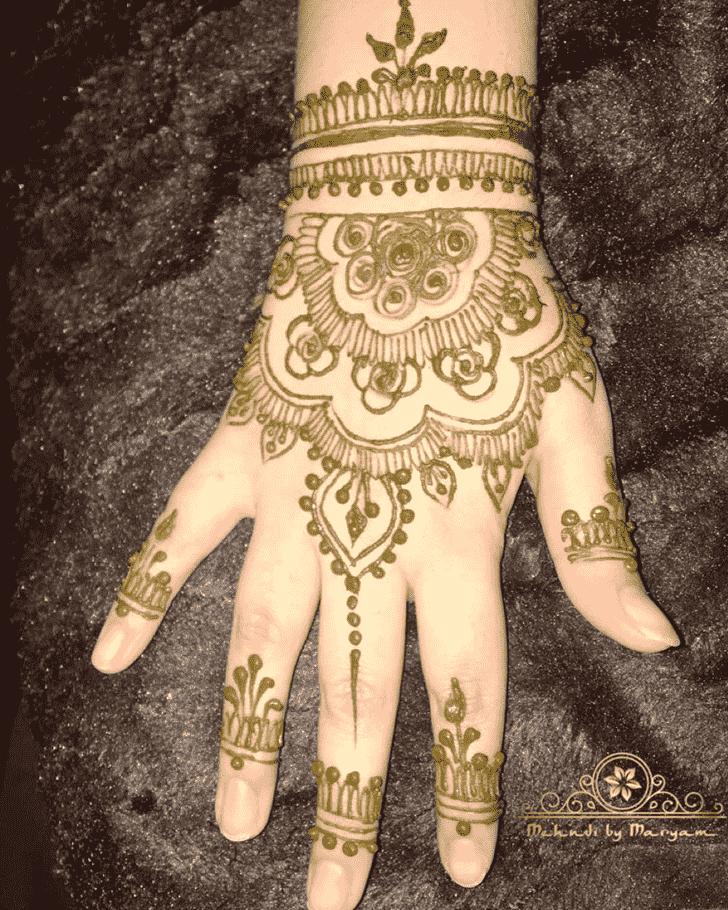 Classy Gazipur Henna Design