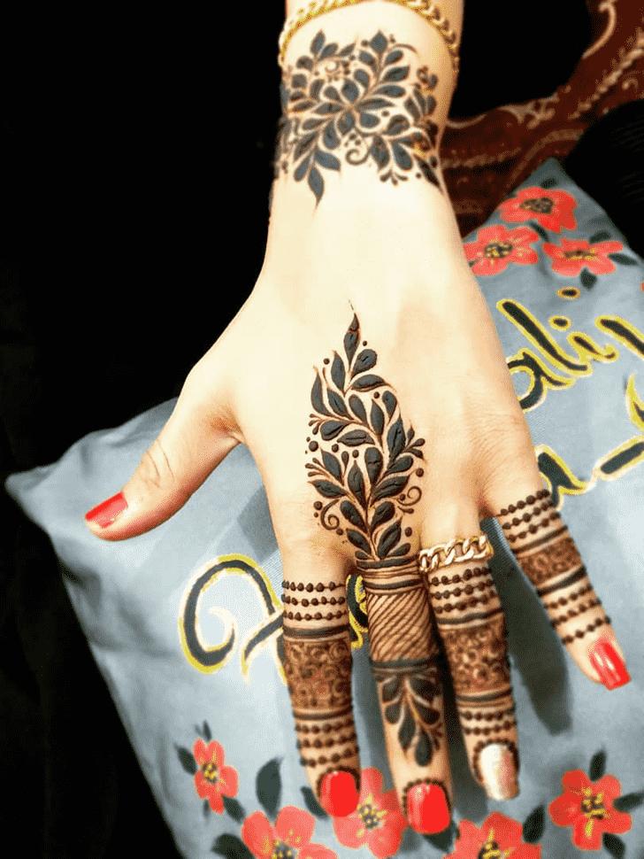 Classy Ghaziabad Henna Design