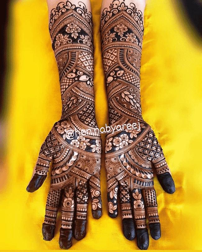 Adorable Ghazni Henna Design