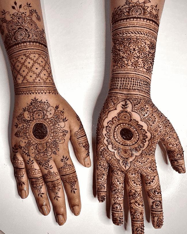 Captivating Ghazni Henna Design