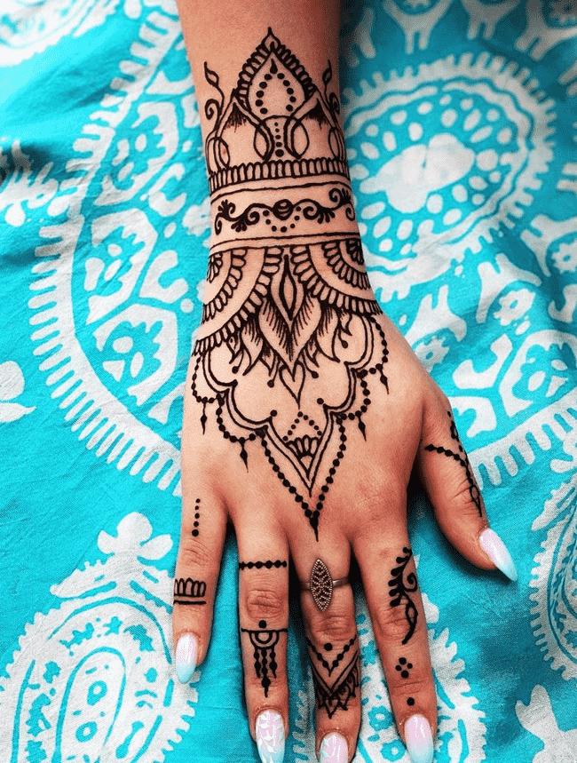 Charming Ghazni Henna Design