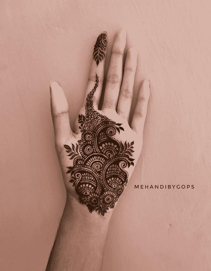 Beauteous Girls Henna Design