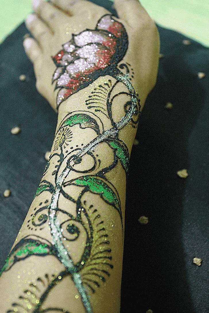 Arm Glitter Henna Design