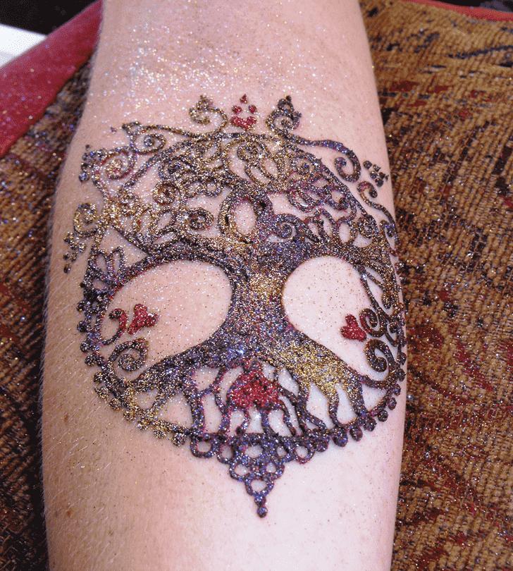 Ideal Glitter Henna Design