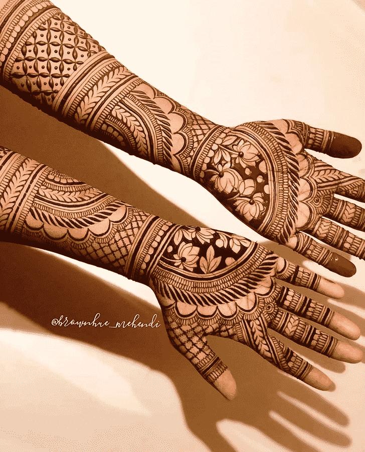 Comely Goa Henna Design