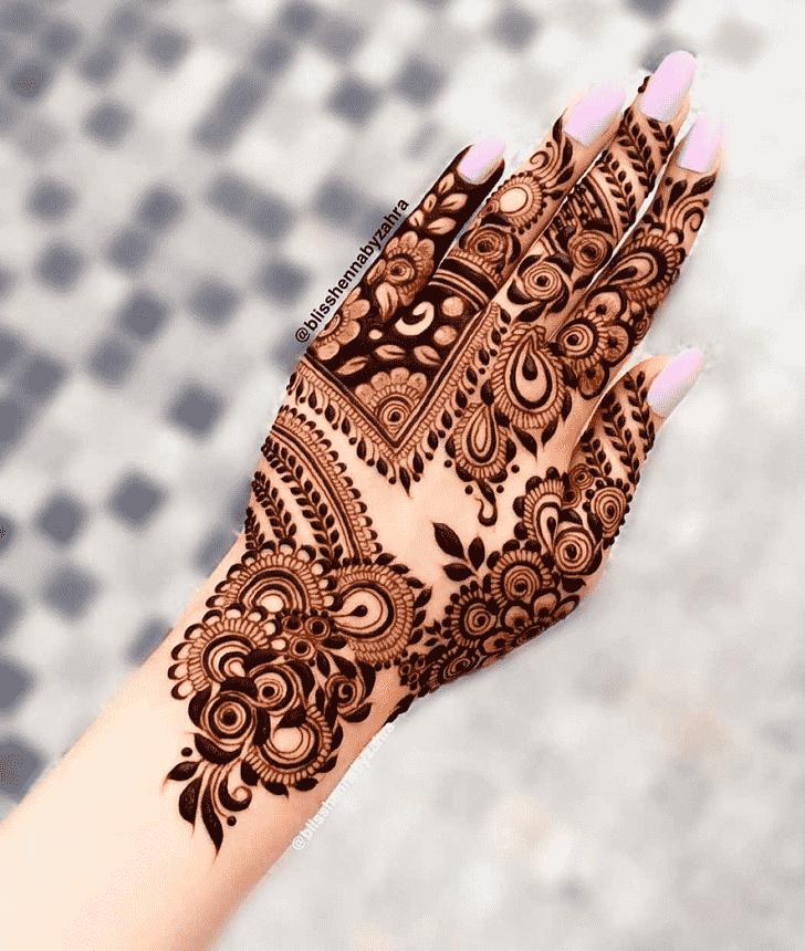 Elegant Goa Henna Design