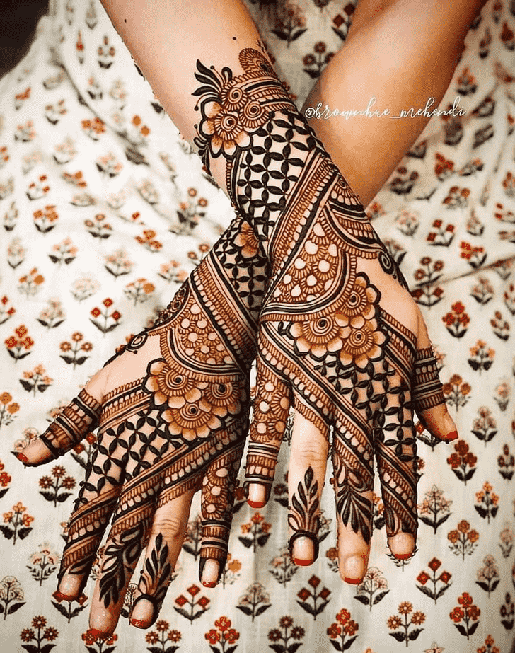 Enticing Goa Henna Design