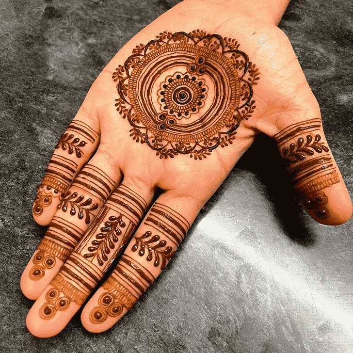 Classy Gol Tikki Henna Design