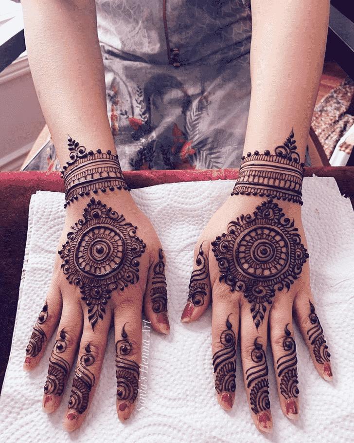Pretty Gol Tikki Henna Design