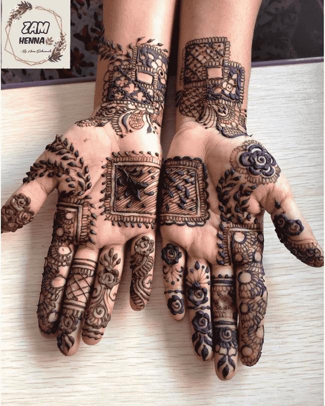 Alluring Gujranwala Henna Design