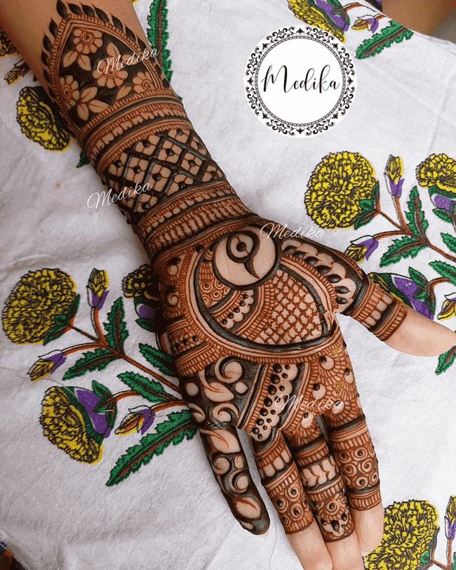 Charming Gujranwala Henna Design