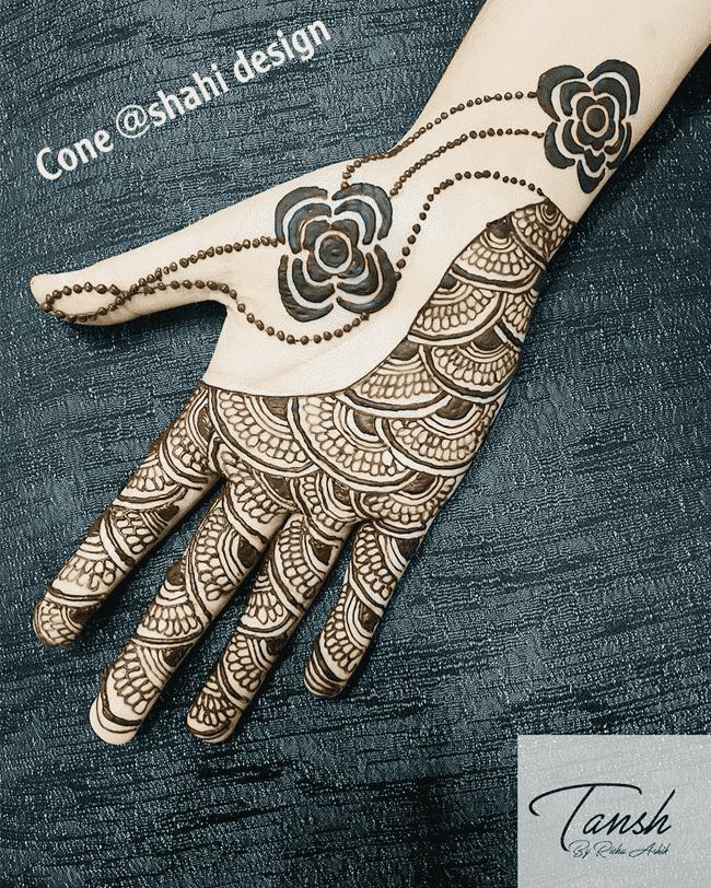 Classy Gujranwala Henna Design