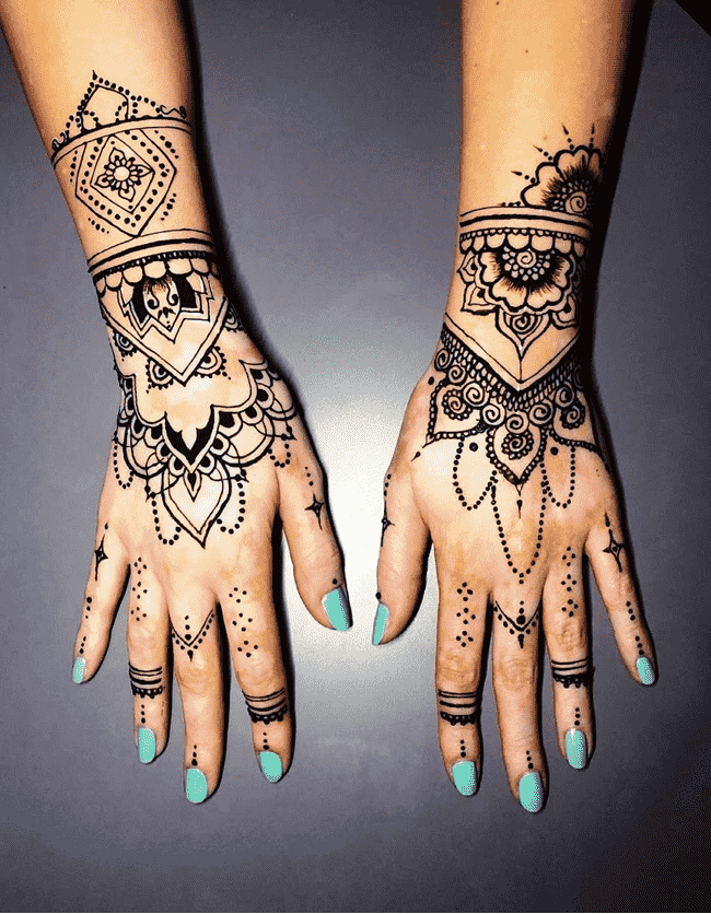 Beauteous Gurgaon Henna Design