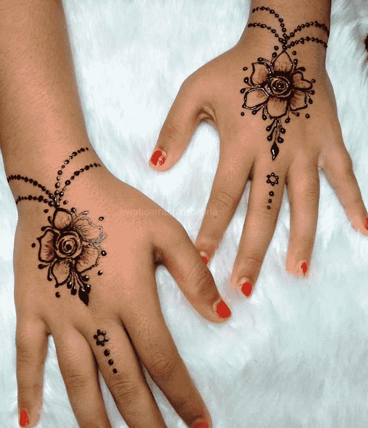 Inviting Gurugram Henna Design