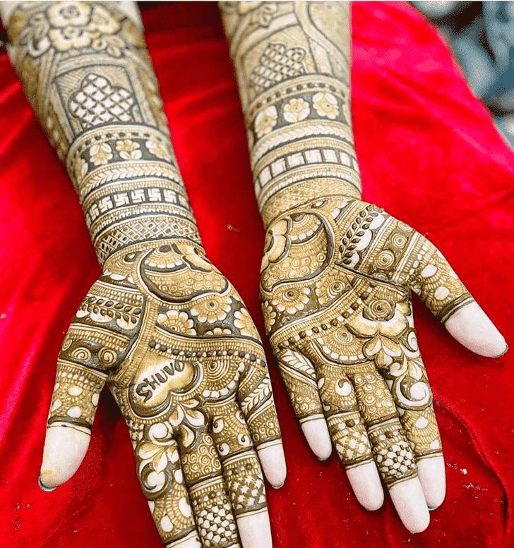 Pretty Gurugram Henna Design
