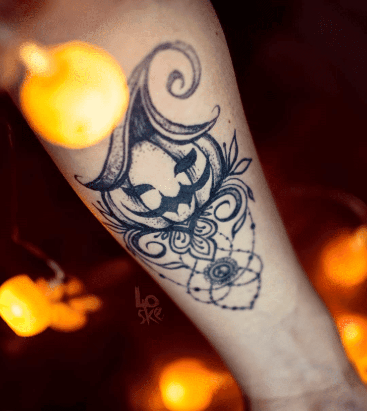 Admirable Halloween Mehndi Design