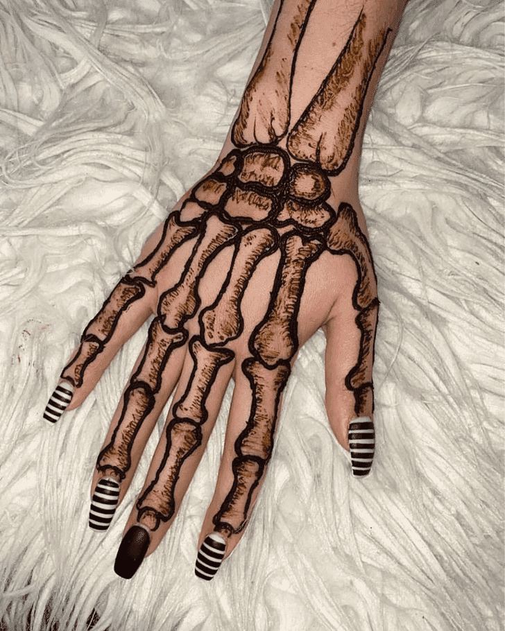 Bewitching Halloween Henna Design