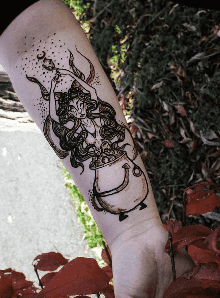 Charming Halloween Henna Design