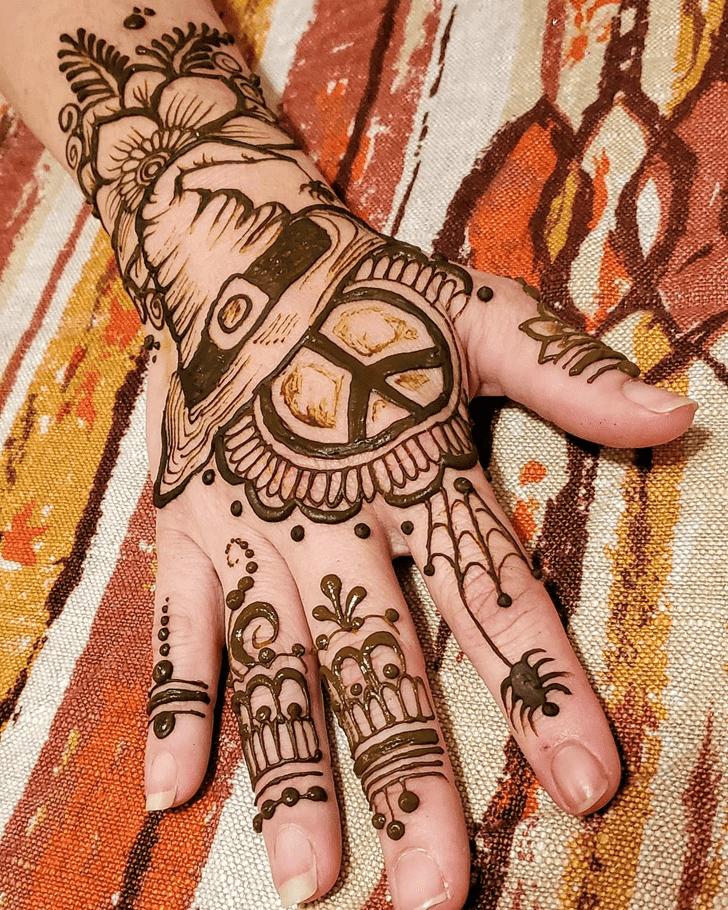 Excellent Halloween Henna Design