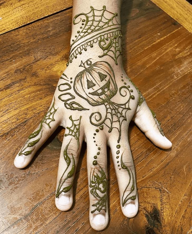 Grand Halloween Henna Design
