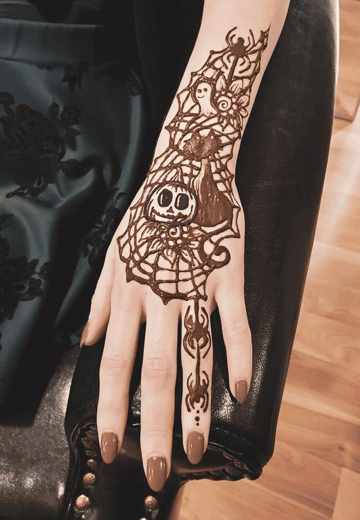 Nice Halloween Henna Design
