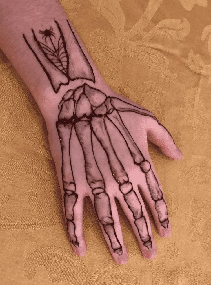 Resplendent Halloween Henna Design