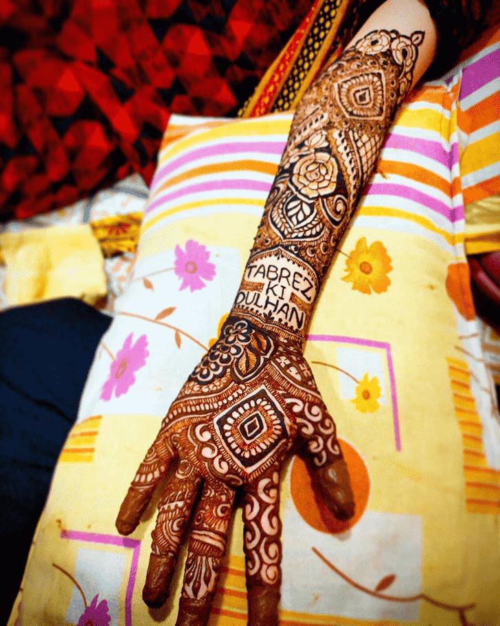 Elegant Hand Henna Design