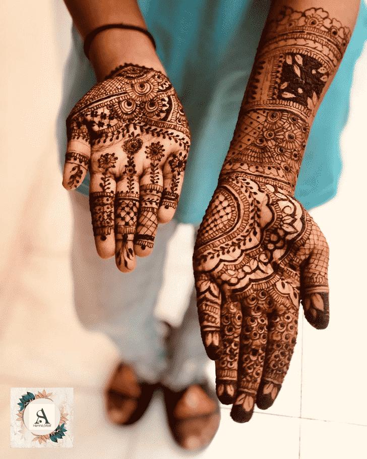 Enticing Hand Henna Design