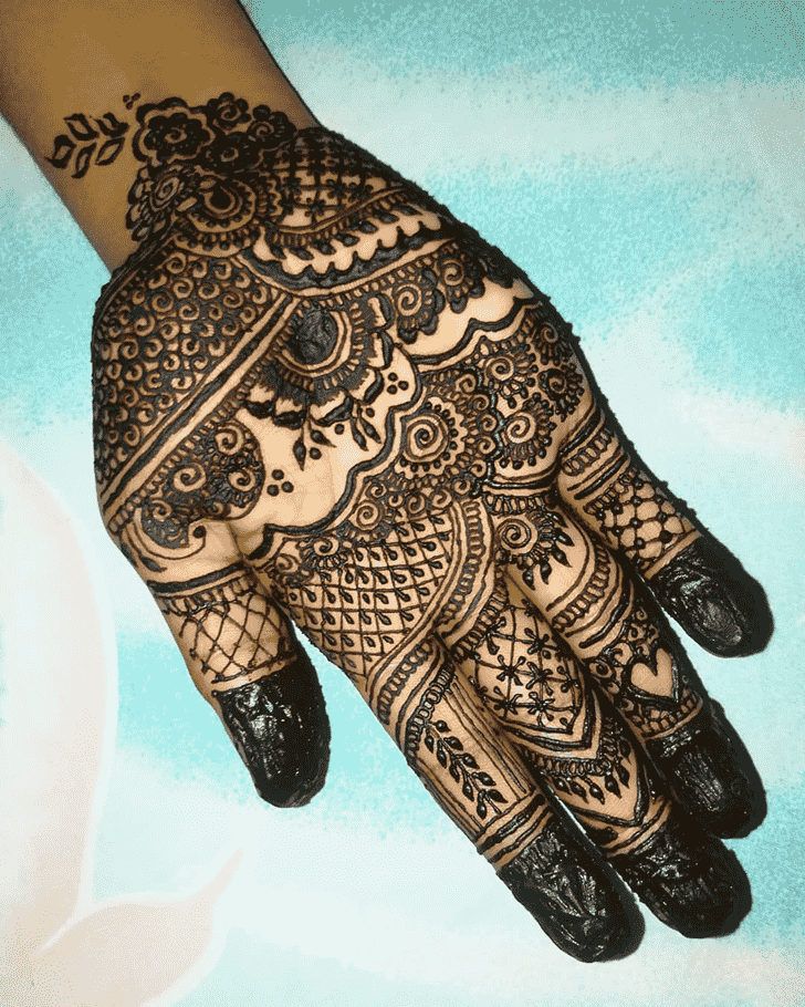 Fetching Hand Henna Design