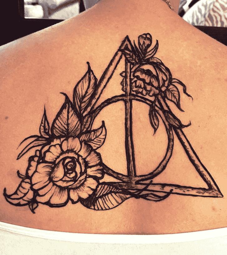 Enticing Harry Potter Henna Design