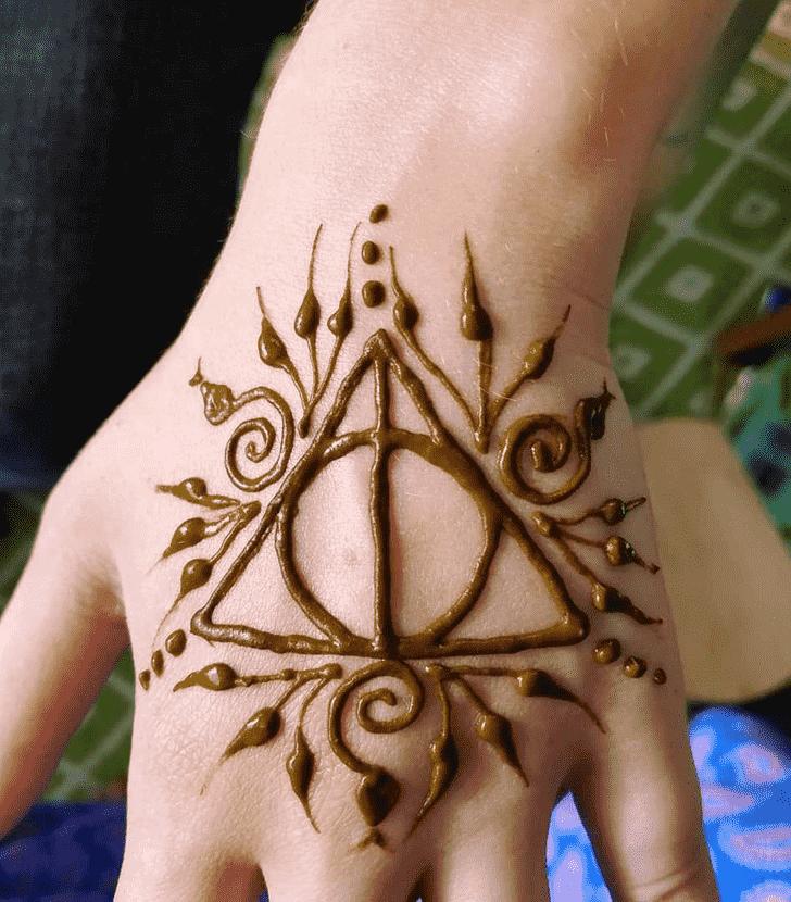 Good Looking Harry Potter Henna Design