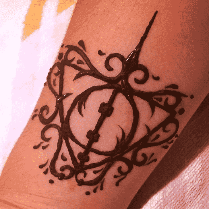 Awesome Harry Potter Henna Design