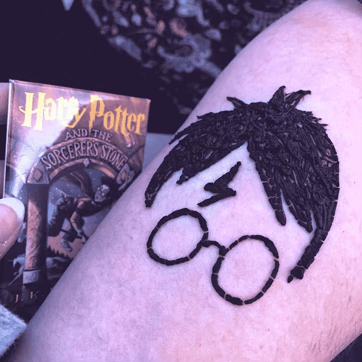 Ideal Harry Potter Henna Design