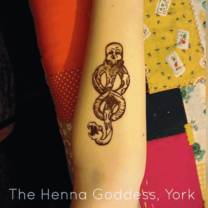 Inviting Harry Potter Henna Design