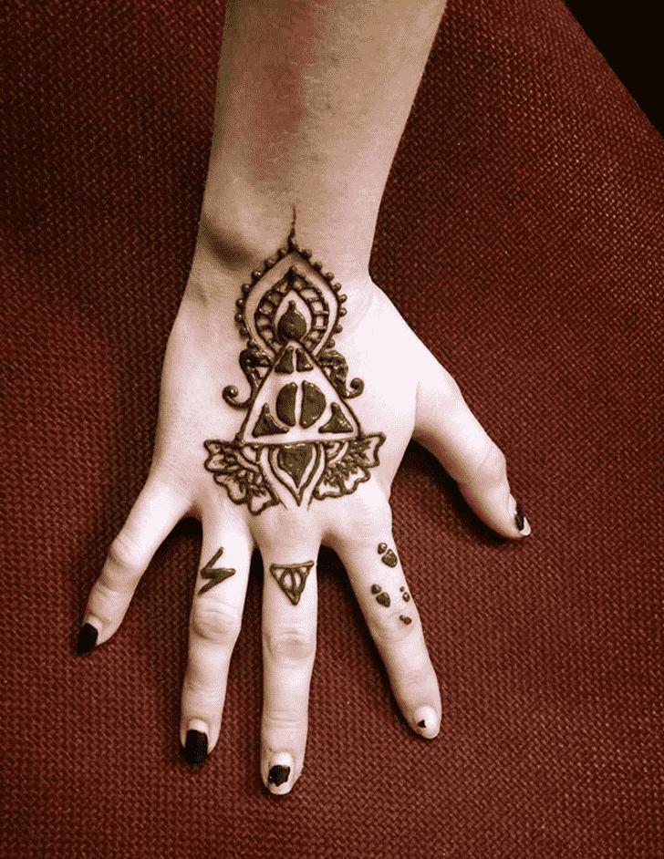 Pretty Harry Potter Henna Design