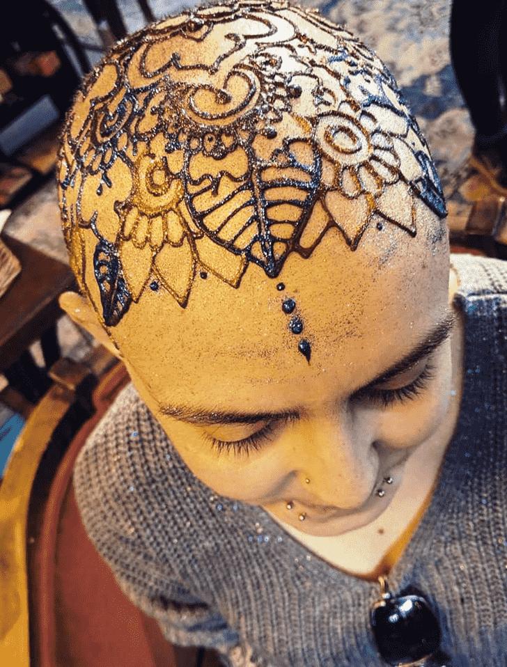 Nice Head Henna design