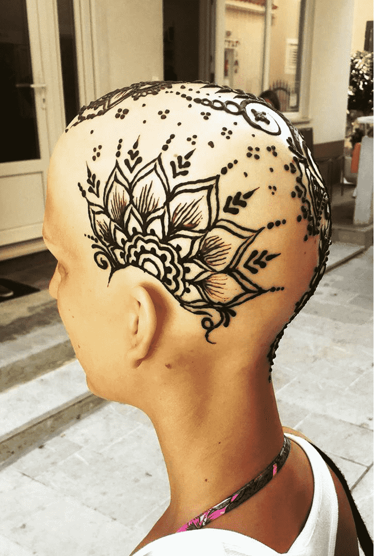 Radiant Head Henna design