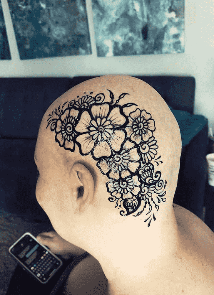 Slightly Head Henna design
