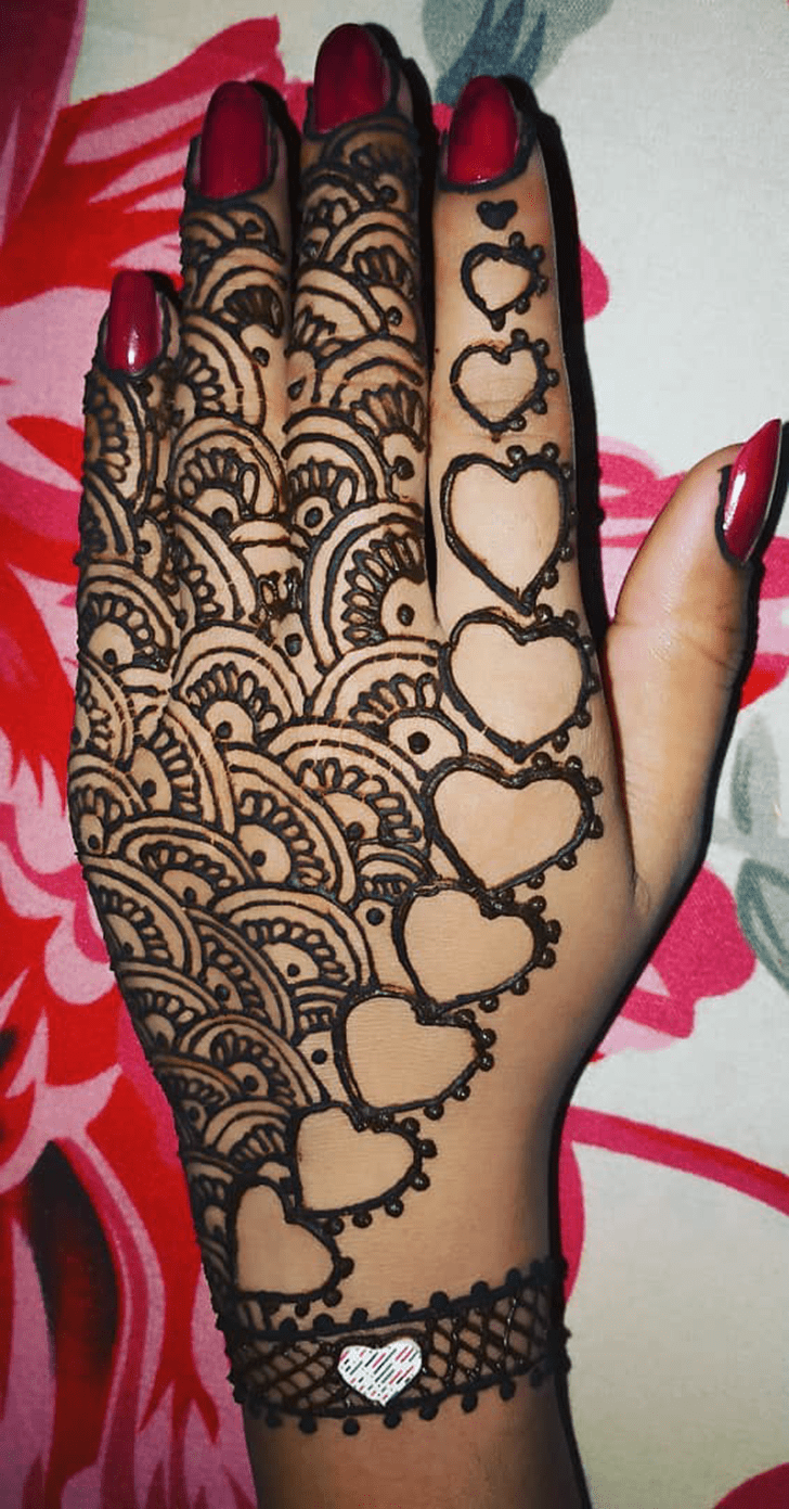 Sublime Heart Mehndi Design on Back of hand