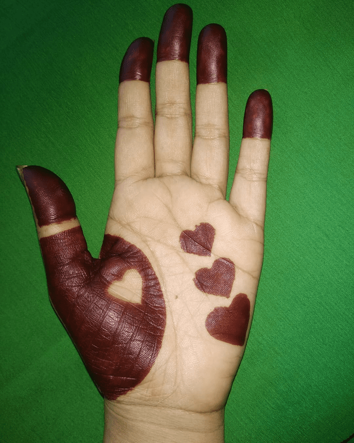 Stunning Heart Henna on Back Wrist