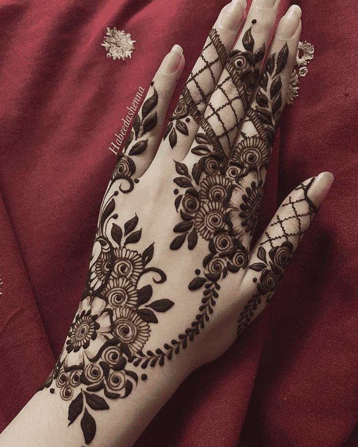 Charming Henna Design