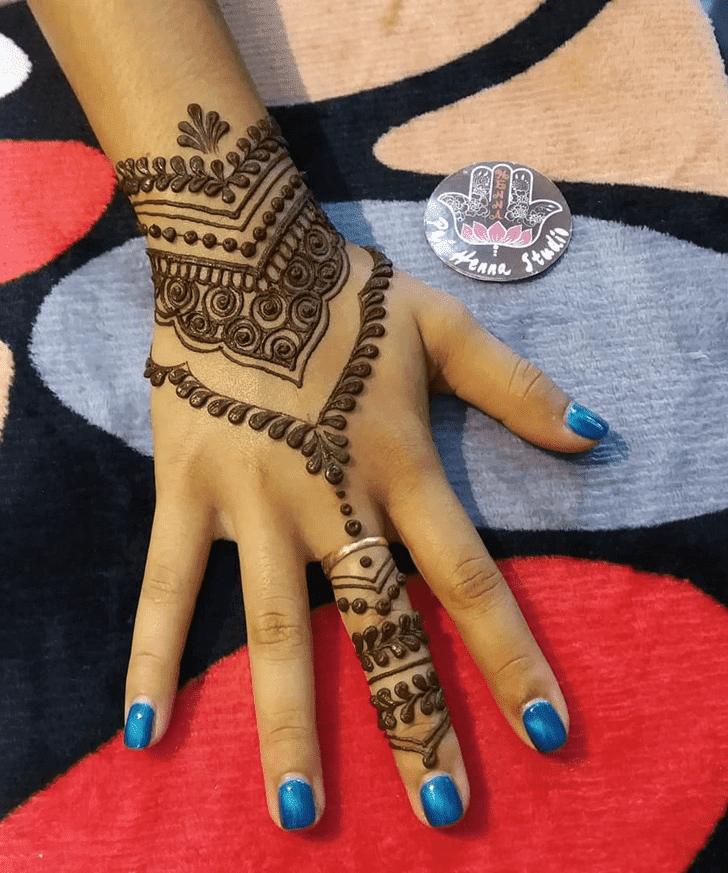 Magnetic Henna Design